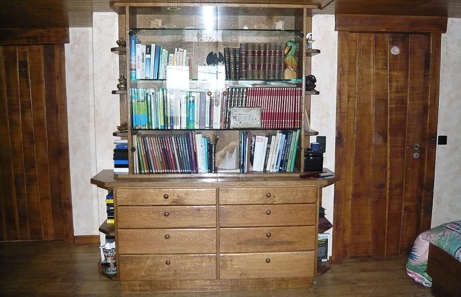 vitrine place. Black Bedroom Furniture Sets. Home Design Ideas
