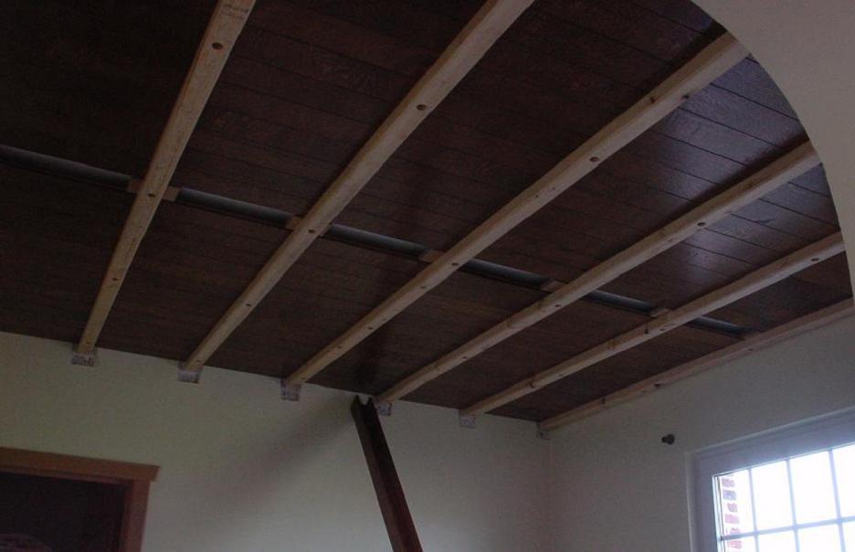 Planchettes et chevrons for Materiel pour faire un faux plafond