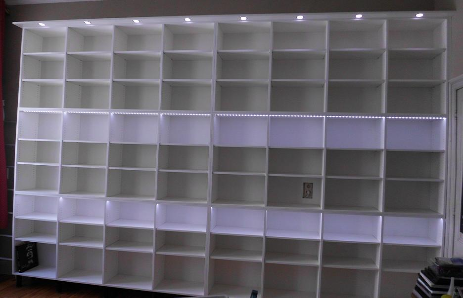 Grande bibliotheque avec eclairage led